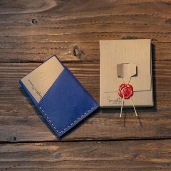 portofel piele albastra sapphire personalizat facut manual