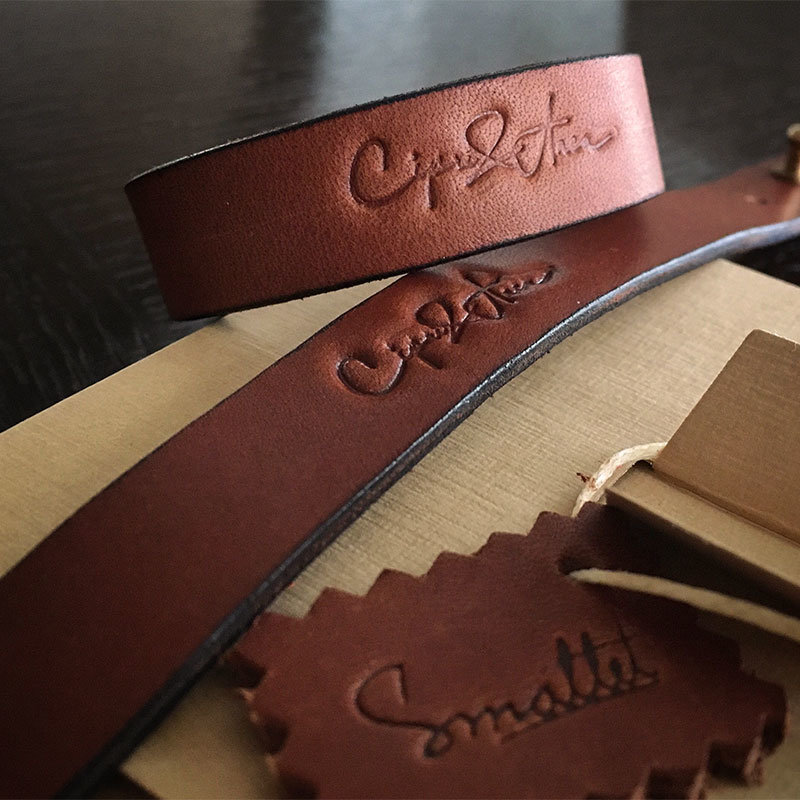 cadouri personalizate Bratara piele personalizata