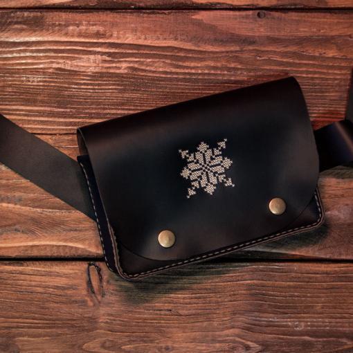 Borseta fanny bag belt bag din piele personalizata cu motive traditionale